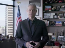 """Gary Sinise """"Lieutenant Dan"""" Shows He Is A True Patriot With Latest Move"""
